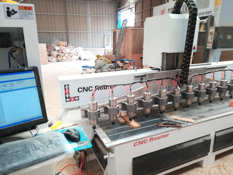 山东厂家定制生产数控加工中心/板式家具生产线