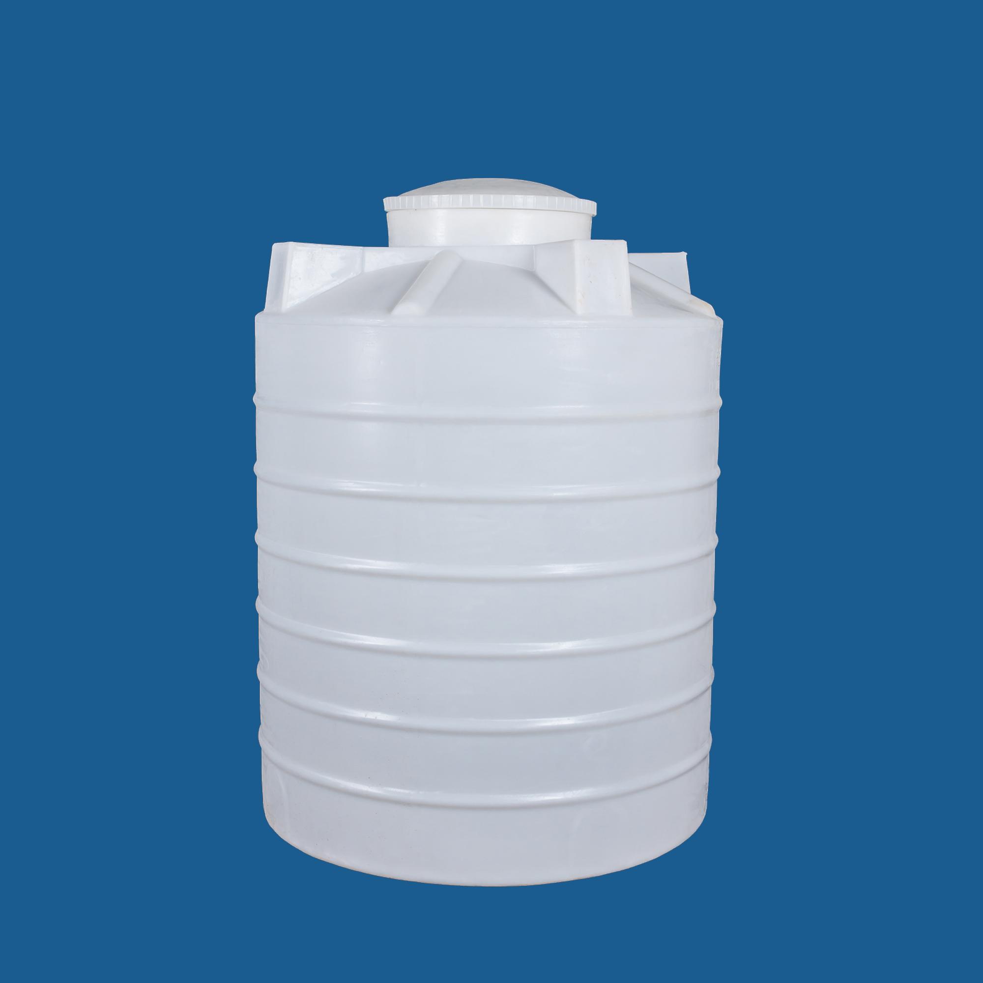 一个水桶的容积是50