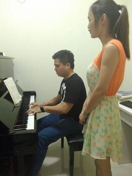 龙岗学声乐民族唱法和美声有什么区别吉祥钢琴声乐培训