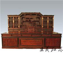 大红酸枝书桌家具传承榫卯艺术古典书桌家具做工精美图片