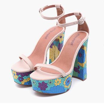 2018流行时尚女鞋指南:浅口粗跟鱼嘴鞋