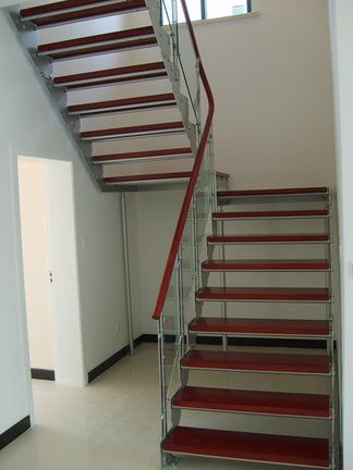 钢结构楼梯室内