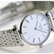 广州高仿男士手表价格力求达到一摸一样的境界