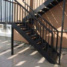 北京专业铁艺楼梯安装踏步楼梯旋转楼梯造型楼梯阁楼焊接图片