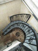 北京旋转楼梯北京东森游戏主管柱楼梯北京钢结构楼梯制作图片
