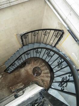 北京户外钢梯制作消防楼梯通道楼梯旋转楼梯铁艺安装
