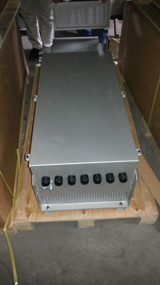 调频器 03 矿用机车专用变频器