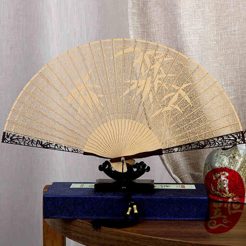 批发高档女士绢丝折扇雕刻镂空竹折扇礼品扇子旅游