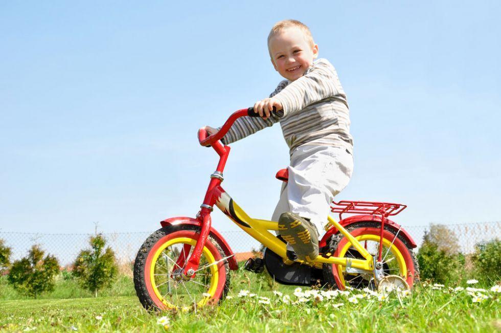 童话王国童车产品操作性强,培养孩子对运动的兴趣