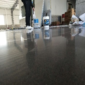 邕宁工业园厂房金刚砂打磨固化—南宁耐磨地面硬化
