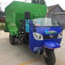 提高养殖质量撒料车柴油撒料车厂家直销动力十足撒料车图片