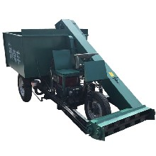 清扫牛粪刮粪车液压传送清粪车18马力清粪车尺寸图片