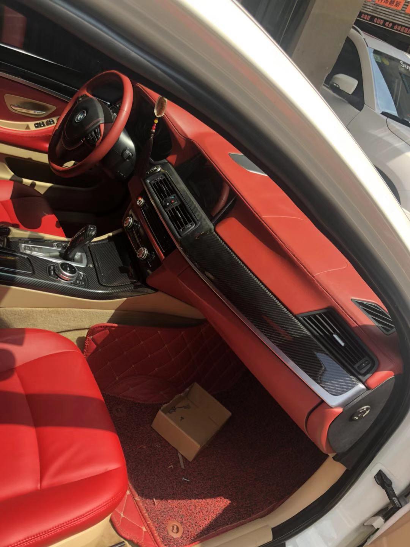 西安宝马525改装酒红色内饰真皮座椅门板仪表台车顶刺绣
