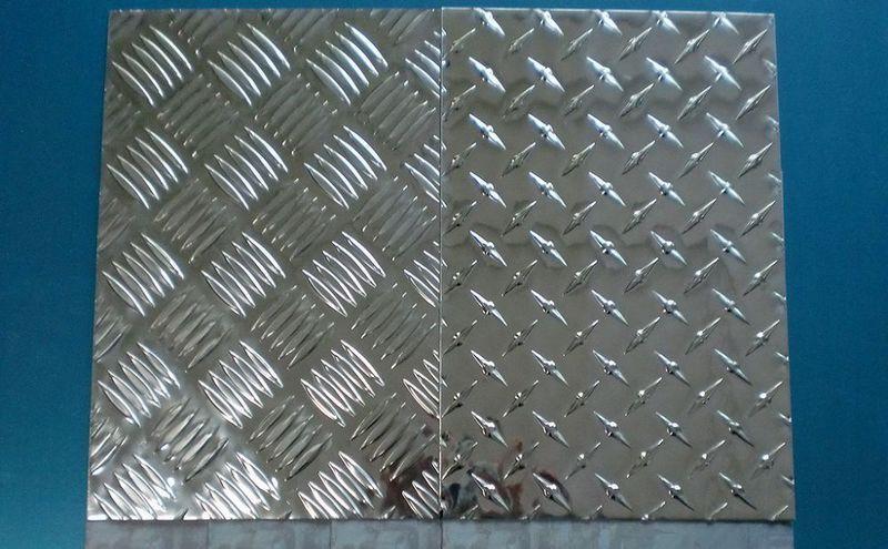 纯铝板,氧化铝,拉丝铝板,花纹铝板  联系人:13612996040 济南朝阳铝业