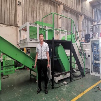 1000型单轴撕碎机-大块机头料撕碎粉碎机-佳诺机械优质制造商