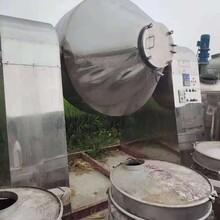 供应各种规格蒸馏塔设备,各种规格蒸馏塔图片