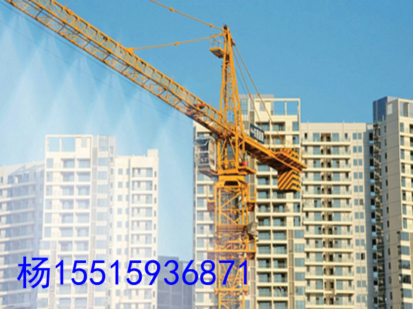 塔吊喷淋主要构成材料: 水泵,水泵控制,过滤器,万向节支撑架,可调式