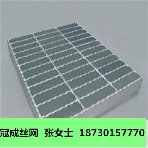 平台钢格板用途/镀锌平台钢格板规格厂家价格/冠成