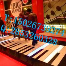供应商场、广场、车展、房展必备武器地板钢琴、地面钢琴出租租赁