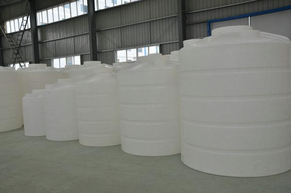 5吨塑料水桶价格武汉塑料桶生产厂家批发