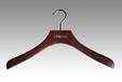 木衣架生產廠家批發女裝品牌實木衣架