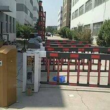 天津电动伸缩门厂家,专业定制安装各种伸缩门,道闸图片