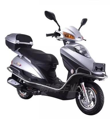 新款125cc雨钻摩托车五羊公主款踏板车