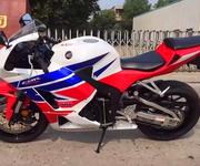本田CBR600F5大排量摩托车图片