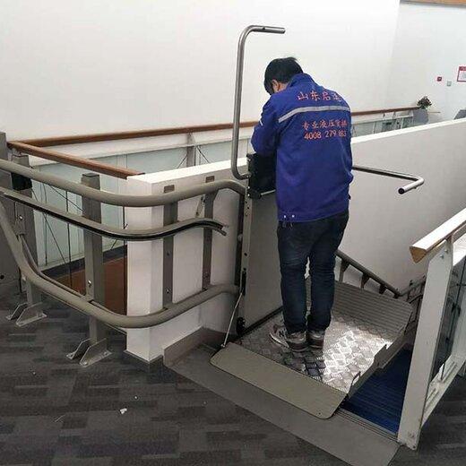 彎軌斜掛式電梯天橋無障礙電梯四川斜掛無障礙通道定制