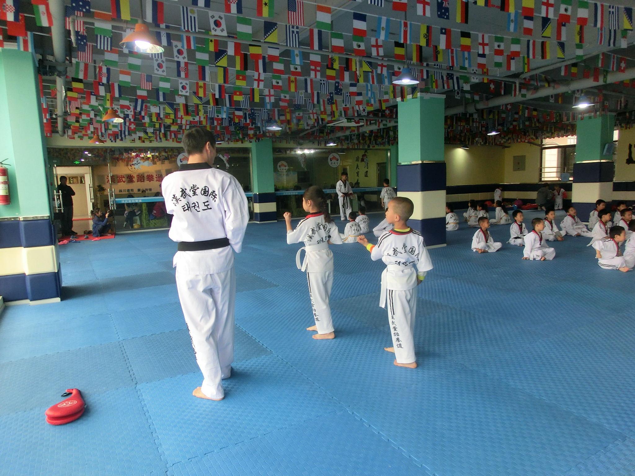 【视频学跆拳道到底学到了?】_孩子88网萤黄页火动态图片