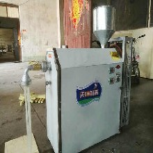 多功能肠粉机质量可靠,电热水煮温控卷粉机图片图片