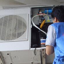 东西湖常青五路空调维修、空调拆装加氟、打孔