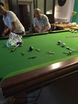 台球桌维修拆装台球桌换桌布调平北京台球桌维修公司