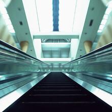 鼎盛机电设备公司供应电梯-照明-智能停车库,欢迎致电咨询