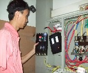 西直门紧急家庭电路跳闸维修灯具卫浴安装空气开关更换图片
