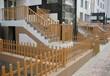 南京木纹色草坪护栏塑钢花坛仿古护栏仿木篱笆园林小区别墅用