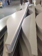 西安异形铝方通生产厂家波浪型铝方通规格万科和万达都是富腾生产