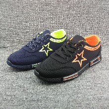5元起低價男鞋批發市場,溫州男鞋帆布鞋,庫存鞋子圖片