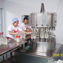 白酒高精度灌装生产线酒水灌装机厂家