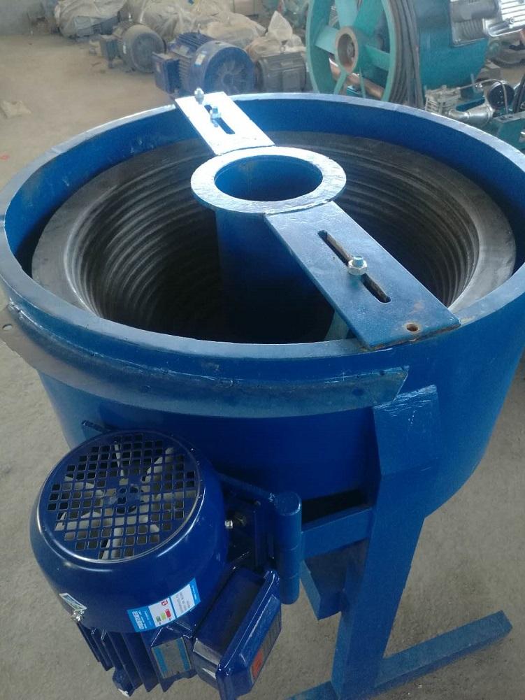 小型离心机选金机摇金机淘金机洗金机等金矿设备畅销非洲