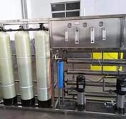 供应汽车尿素液汽车玻璃水防冻液生产必威电竞在线灌装流水线