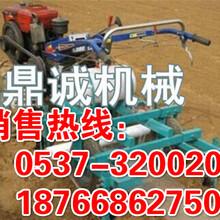 山西阳泉多功能喷药地膜覆盖机拖拉机带动土豆花生覆膜机
