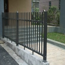 青海锌钢护栏厂家,青海西宁阳台防护栏,青海西宁围栏栅栏图片