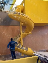 不锈钢螺旋滑梯商场办公室室内外滑梯逃生通道滑梯厂家直销定做