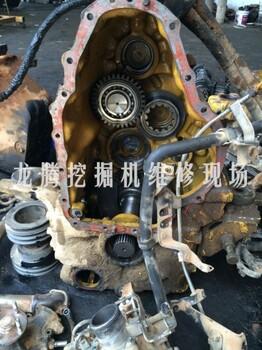 南充卡特挖掘机机油压力低憋机原因