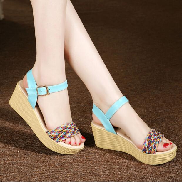 女鞋坡跟凉鞋报价 厂家