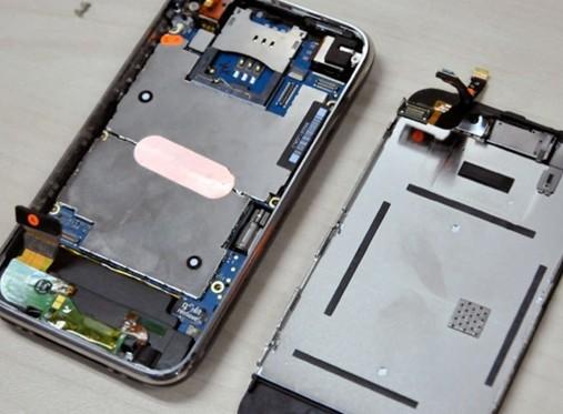 苹果手机主板烧了屏幕花纹图片