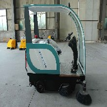 电动扫地车电动扫地机道路清扫设备环保设备江苏锋丽环保图片
