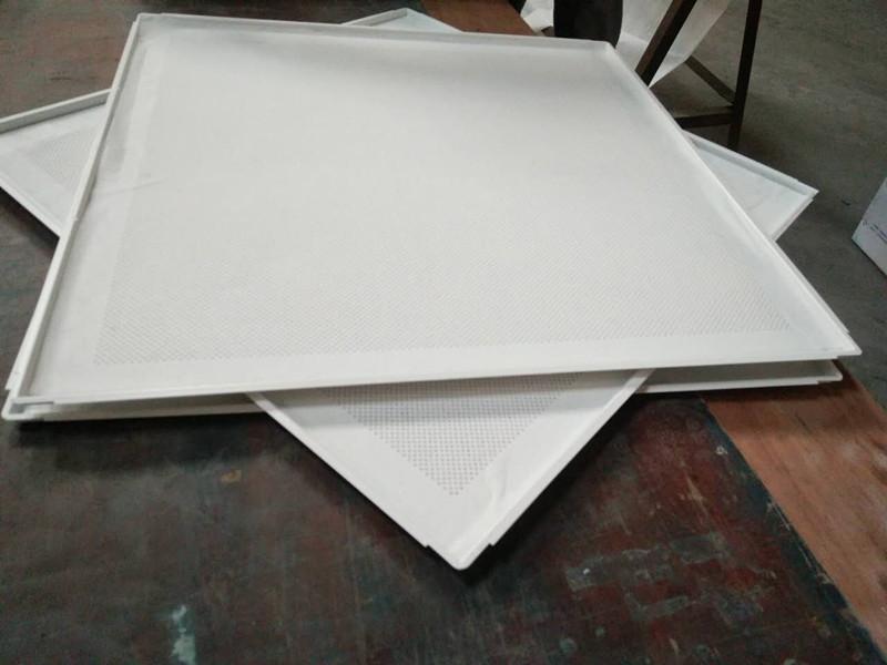 跌级铝扣板冲孔跌级方板铝扣板厂家定制