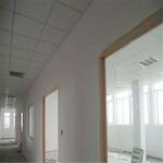 供应桥头玻璃隔断,桥头轻质砖隔墙,桥头石膏板隔墙,桥头彩钢板隔墙-施工进度快图片